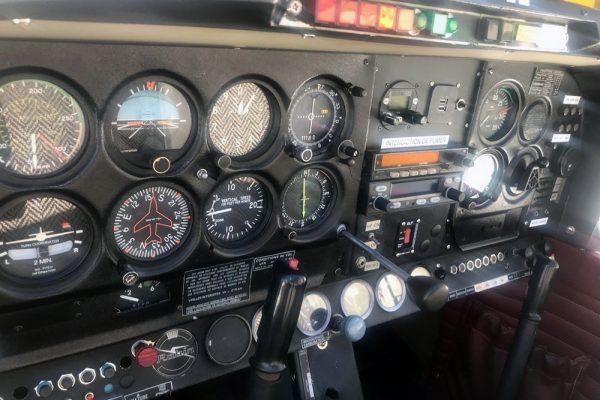 tableau-de-bord-robin-DR-400-F-GDEZ